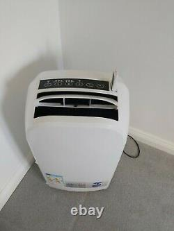 Blyss Air conditioning unit 3500w excellent condition 6 months old