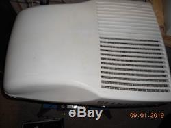 Caravan Dometic air conditioning unit
