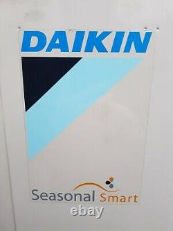 DAIKIN (YEAR 2016) WALL MOUNTED 7.5KW HEAT & COOL AIR CON SYSTEMS £499 (inc VAT)