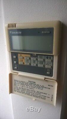 Daikin air conditioning unit Used with wall remote full system